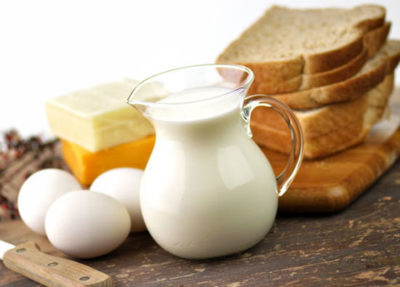 Latte, burro, uova
