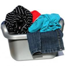 Bucato a mano e lavatrice